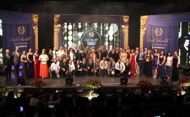 Bedia Muvahhit Tiyatro Ödülleri Verildi