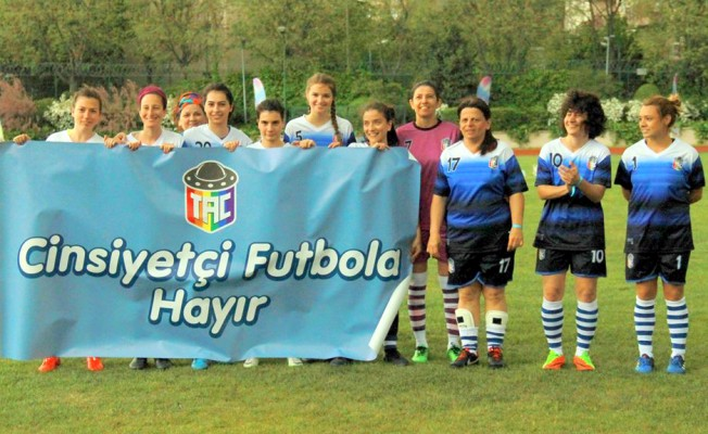 Türkiye'nin İlk Kadınlar Özel Futbol Turnuvası