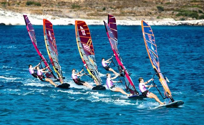 Rüzgar Sörfü Slalom'da Türkiye Ligi Heyecanı