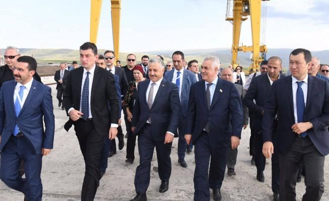 Bakü-Tiflis-Kars Demiryolu İlk Yolcu Taşımacılığını Yaptı