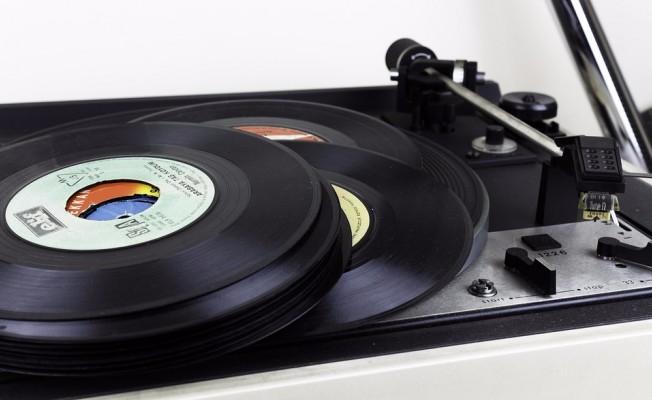 Sony Music Yeniden Plak Çıkaracak