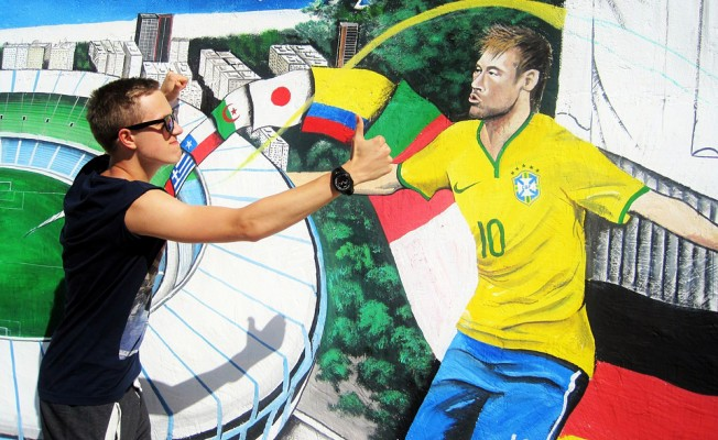 Futbolun En Pahalı Transferi: Neymar PSG'de