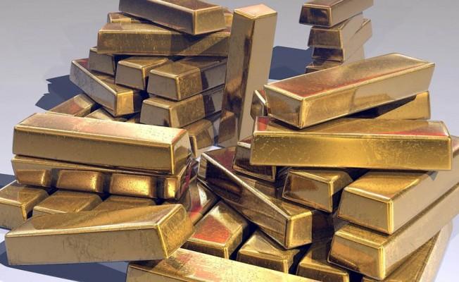 Rusya'da gökyüzünden altın külçeleri yağdı