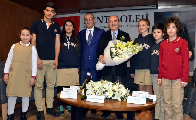 Yılmaz Büyükerşen'den öğrencilere 'hayat' dersi