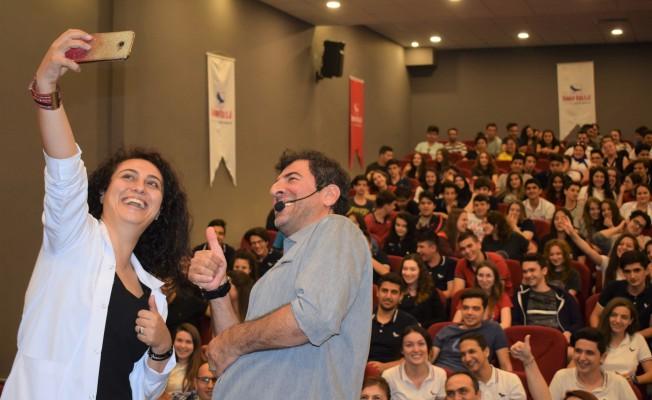 """Hakan Bilgin Sınav Koleji'nde: """"Kendinizi küçümsemeyin"""""""
