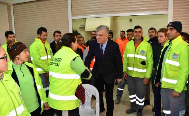 Başkan Engin, Belediye Çalışanlarının Yeni Yılını Kutladı