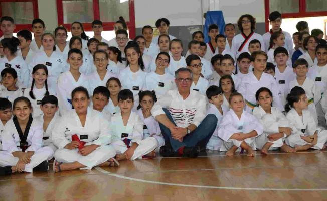Gaziemirliler Kışında Spor Yapıyor