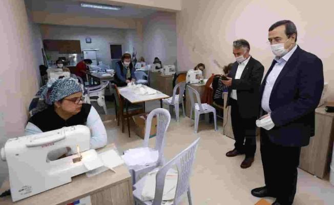 Konak Belediyesi'nin Maske Üretiminde İlk Hedefi 40 Bin