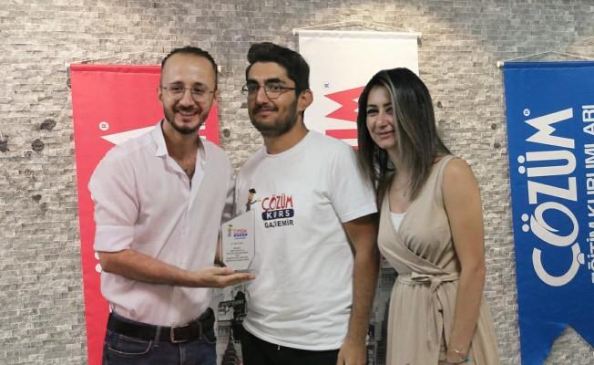 LGS Şampiyonu çıkaran Gaziemir Çözüm Kurs'tan YKS başarısı