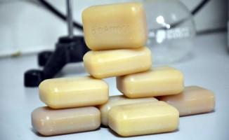 İzmirli biyolog teknolojiyle sabunu buluşturup yurt dışına açıldı
