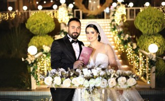 Rüya gibi düğünle tanınmış sima dünya evine girdi