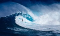 Kadın Sörfçüden 20 Metrelik Dalgayla Dünya Rekoru