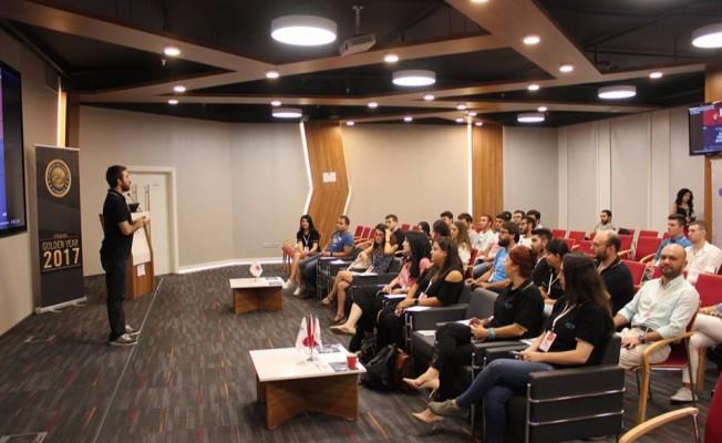 JCI İzmir'den 'Altın Fikirler Akademisi'