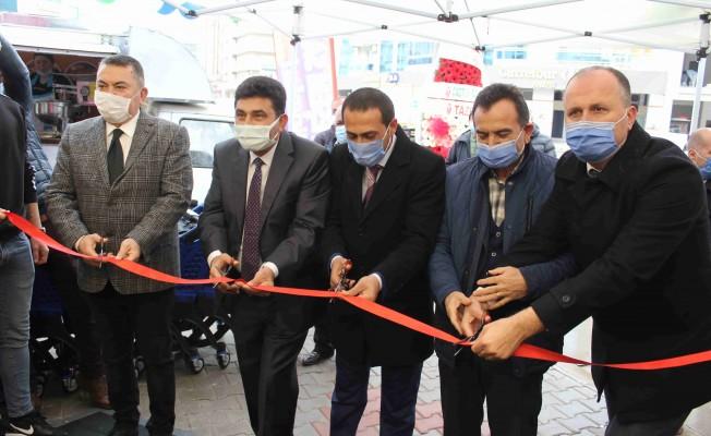 İzmir'in şarküteri devi Gürtat 22. şubesiyle Atakent'te