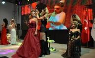 2022'nin saç modası ilk kez İzmir'de gösterildi
